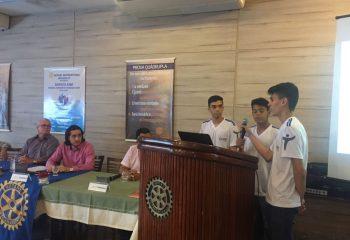 Apresentação do App Witsu durante a reunião do Rotary Club Feira de Santana